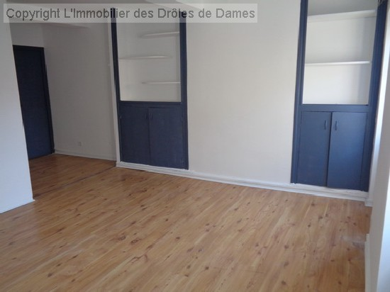 en location CARCASSONNE appartement 2 pieces, 32m², a CARCASSONNE