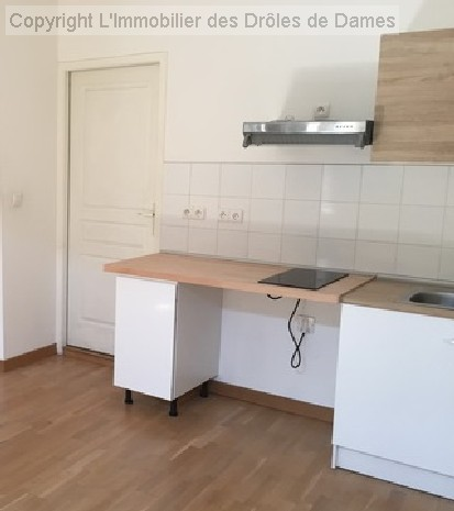 en location CARCASSONNE appartement 2 pieces, 34m², a CARCASSONNE