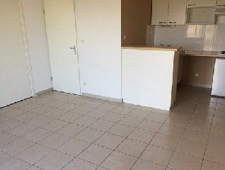 Location  CARCASSONNE appartement 3 pieces, 59,1m2 habitables, a CARCASSONNE